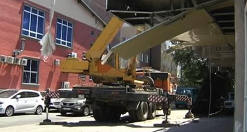 На месте скандально известной автомойки в Алматы снова началось строительство