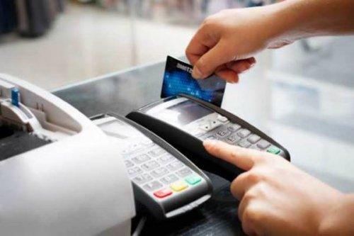 Переход на безнал: безналичные платежи выросли более чем в 2 раза за год