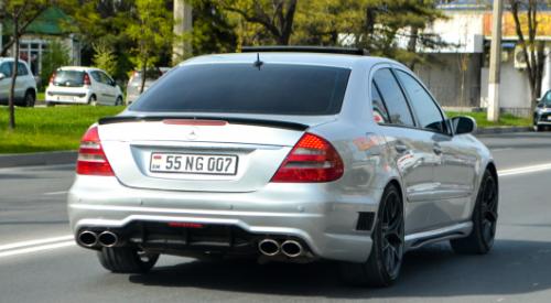 Авто с армянскими номерами хотят регистрировать онлайн