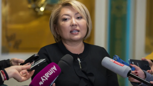 Вице-министр образования Суханбердиева признала вину в суде
