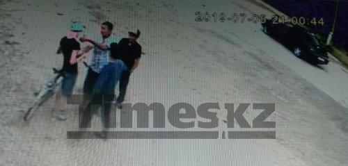 В уличной драке парня забили до смерти