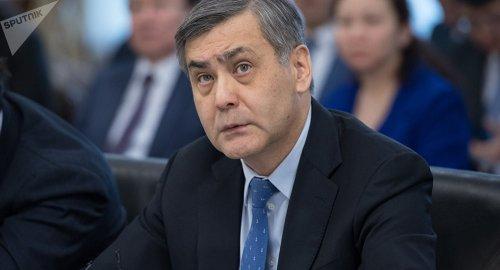 Токаев объявил строгий выговор главе Минобороны