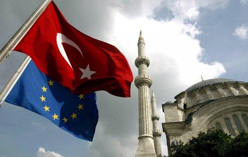 Евросоюз вводит санкции против Турции