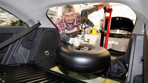 Процедуру переоборудования авто с бензина на газ предложили передать в ЦОНы