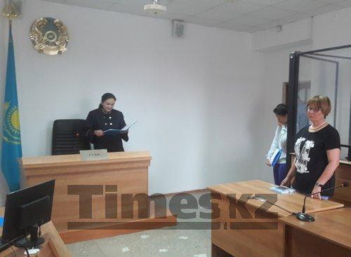 Девушку, избившую следователя в отделе полиции города Актобе, не стали лишать свободы