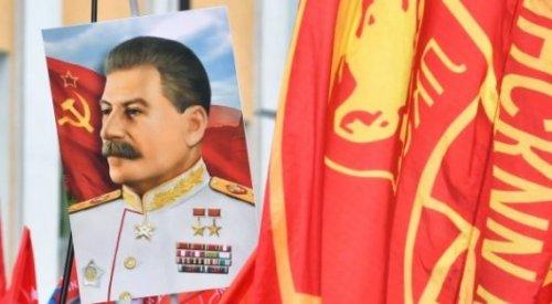 Президент Казахстана рассказал об отношении к Сталину