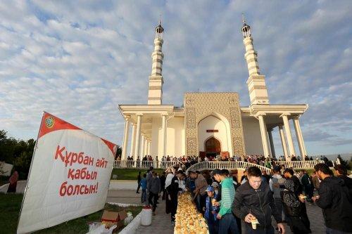 Хорошие начинания: сделать традицией амнистию в Курбан-айт предлагают в Казахстане