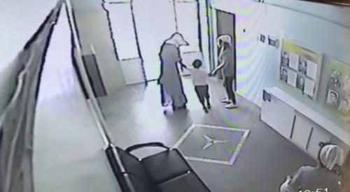 Попытка похищения ребенка из детсада в Алматы: Храбрую воспитательницу поощрят