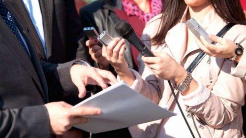 Чиновников Нур-Султана обяжут регулярно встречаться с прессой