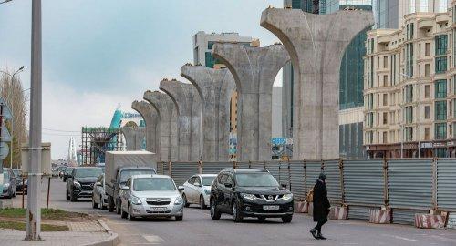 Правительство решило достроить LRT, раскритикованное Токаевым