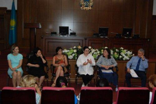 Многодетные матери встретились с Уполномоченным по правам ребенка