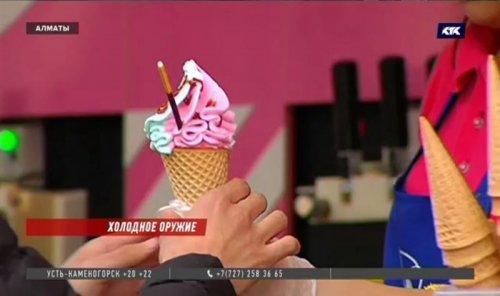 Казахстанцев призывают отказаться от разливного мороженого