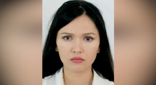 Симпатичную аферистку просят опознать полицейские Алматы