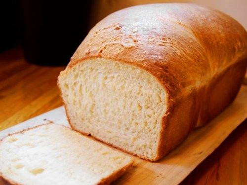 Для жителей столицы и Караганды снизят количество соли в хлебе