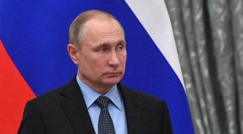 Путин призвал Кыргызстан объединиться вокруг Жээнбекова