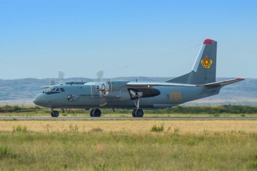 В Актобе совершила посадку боевая авиационная техника