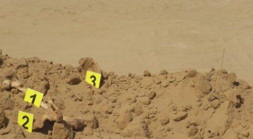 Останки трех человек раскопали при строительстве дороги в Атырауской области