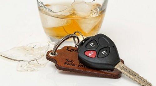 Пьяный водитель протаранил авто с иностранцами в Павлодарской области