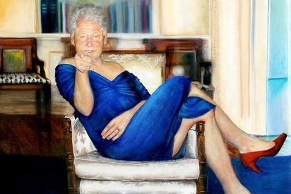 В доме миллиардера-педофила обнаружили портрет Билла Клинтона в женской одежде