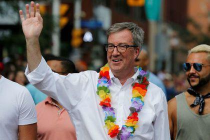 Мэр канадской столицы совершил каминг-аут
