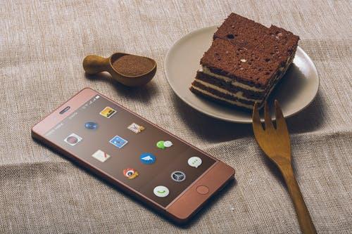 Учёные рассказали, как минимизировать вред от использования смартфонов
