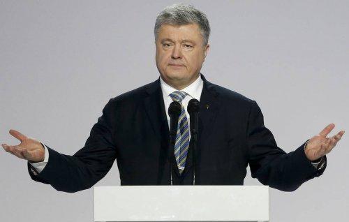 СМИ: Порошенко попросил лоббистов США защитить его от уголовных дел на Украине