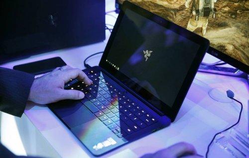 Специалисты дали рекомендации, как обезопасить свой компьютер и смартфон от хакеров