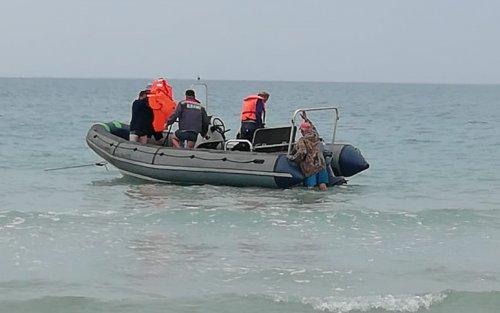 Водолазы Актау обнаружили тела двоих утонувших в море подростков