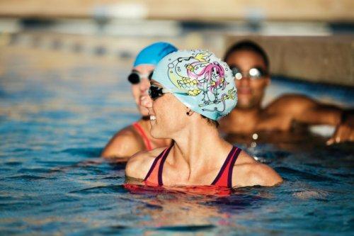 Как посетить бассейн и не заразиться, рассказали медики