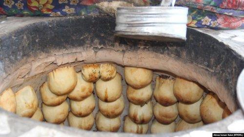 В Таджикистане женщину, отравившую свою семью, осудили на 24 года