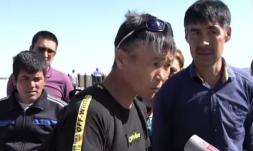 Голодовку объявили строители автомобильного моста в Нур-Султане