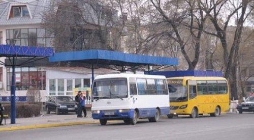 """""""10 минут страха - и вы на работе"""". Мырзахметов пообещал решить проблему автобусных гонок в Таразе"""
