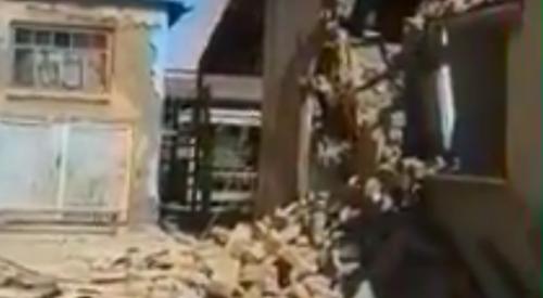 Житель Арыси разрушил дом топором