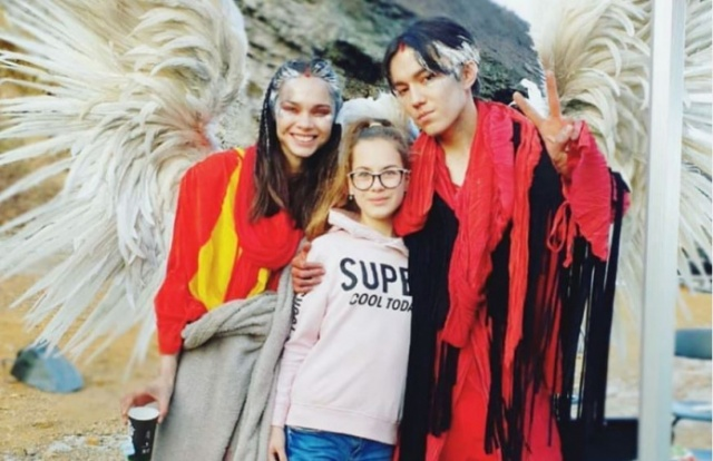 Ангел в красном: Димаш Кудайберген показал фанатам новый образ