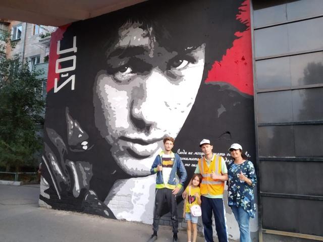 Цой жив: Стена Виктора Цоя появилась в Павлодаре
