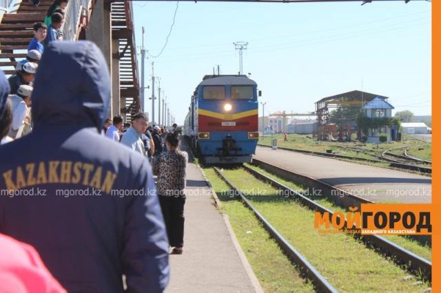 Женщина в Актюбинской области лишилась обеих ног, попав под поезд