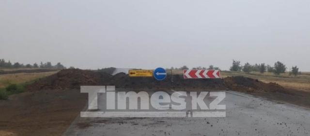 Водитель-россиянин против актюбинских ремонтников дороги «Актобе – Орск». Кто возместит ущерб за разбитую автомашину?