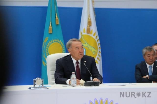 Назарбаев высказался о слухах про досрочные выборы