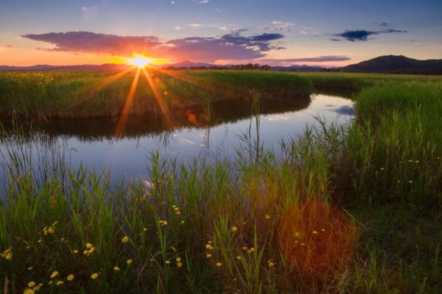 Дожди на юго-востоке и жару на западе обещают синоптики 23 августа казахстанцам