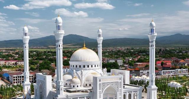 В Чечне откроется самая большая мечеть в Европе