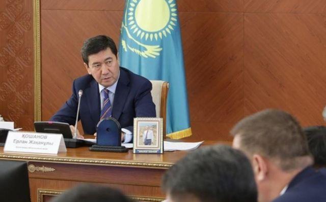 Глава Карагандинской области обратился к акимам после избиения иностранных рабочих