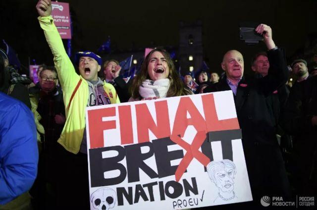Джонсон объявил о приостановке работы парламента из-за Brexit