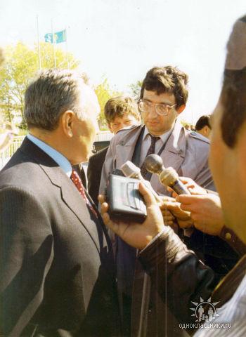 А душа его бессмертна… В Актобе простились  с известным журналистом Георгием Лория
