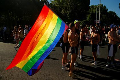 Матери российских геев рассказали о признаниях сыновей
