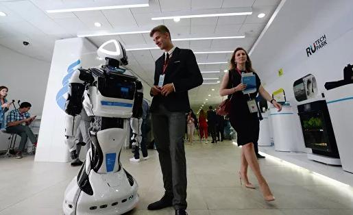 Ученые рассказали, как россияне потеряют работу из-за роботов