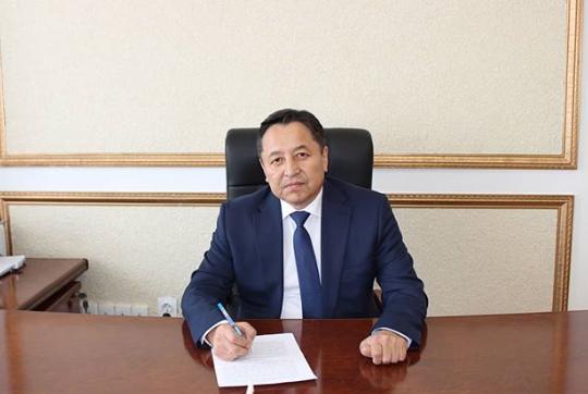 Аким Зерендинского района задержан при получении взятки