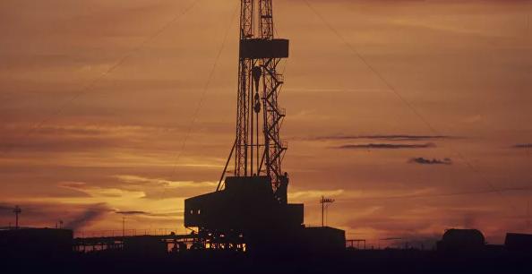 Мировые цены на нефть выросли более чем на пятнадцать процентов
