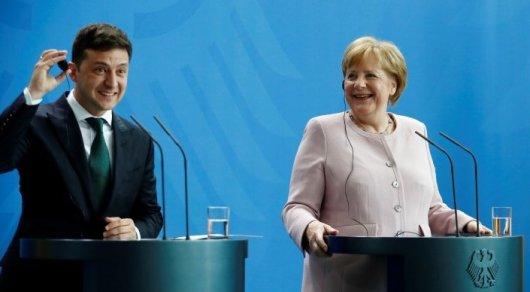 Немецкая газета сообщила, что Зеленский оскорбил Меркель