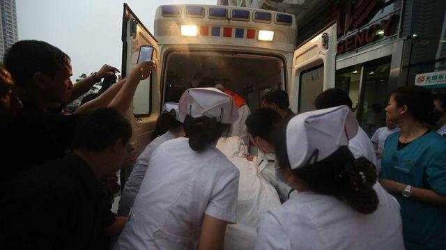 Восемь детей скончались в Китае после нападения в начальной школе