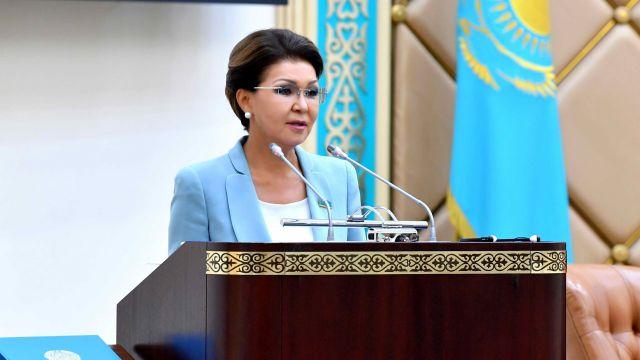 Каждый казахстанец может предложить Сенату законопроект